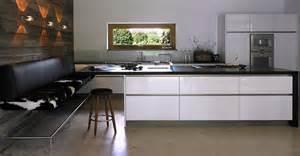 küche weiß altholz kueche grifflos weiss intuo gross wohnraum der wohnblog fuer design wohnen moebel