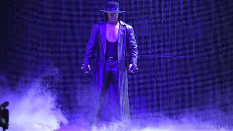 WWE Undertaker - Page 4
