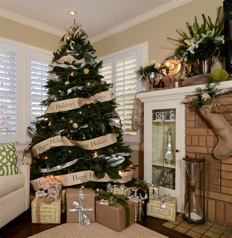 tips  decorating  christmas tree   professional