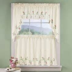 1000 images about country style living on tier curtains pennsylvania and country