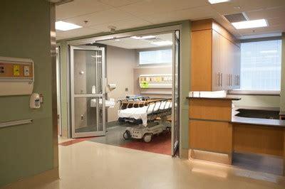 labour delivery triage room mount sinai hospital toronto