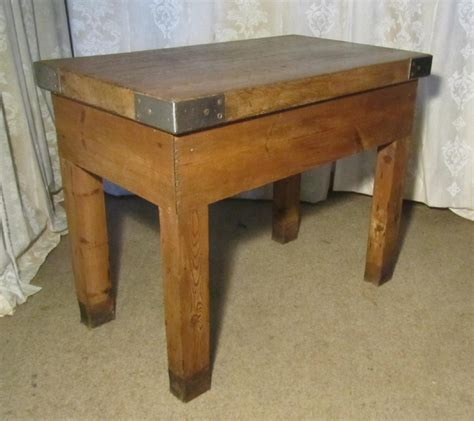 large kitchen island table large butchers cutting table chopping block kitchen island