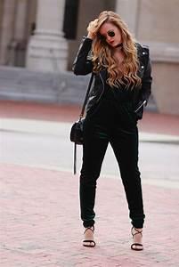 Holiday Velvet Jumpsuit   Upbeat Soles   Orlando Florida Fashion Blog