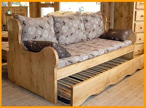 canape gigogne bois eco meubles de montagne meuble style savoyard