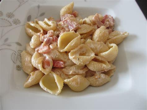 salade de p 226 tes au lard et fromage blanc diet d 233 lices recettes diet 233 tiques