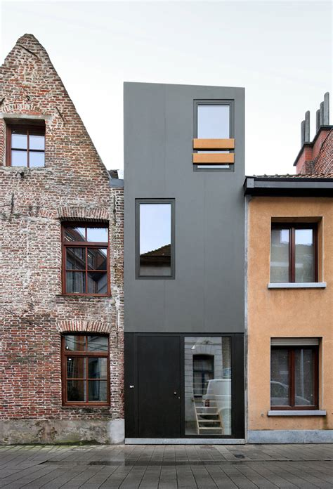 narrow homes a narrow house squeezed in between two adjacent buildings in gelukstraat belgium see more at