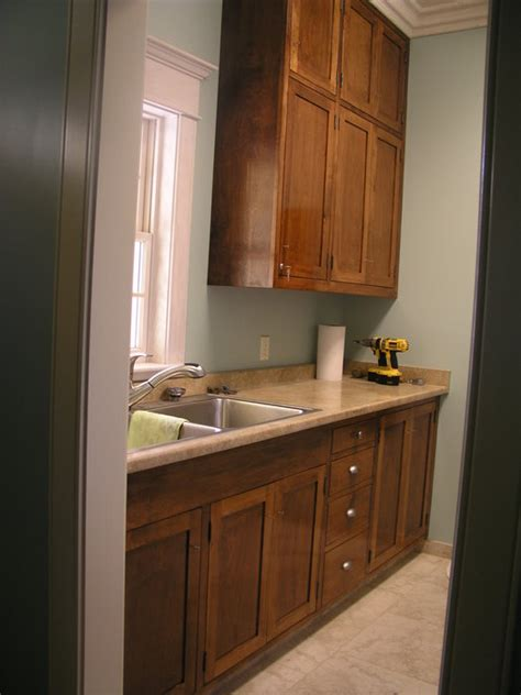 lowes kitchen cabinets laundry room almost done by pabull homerefurbers 3872