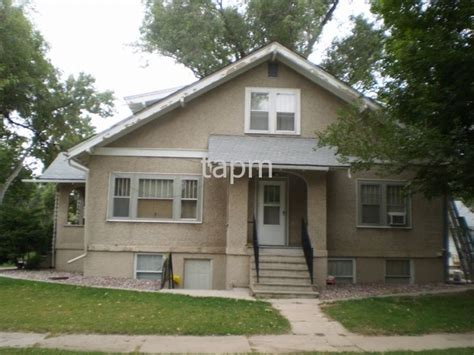 Bedroom Apartments Greeley Co by And Spacious One Bedroom Apartment House For