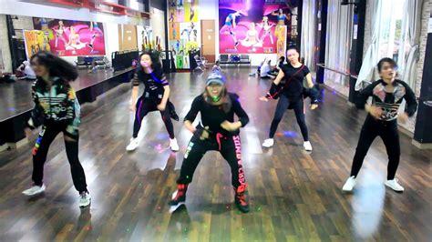 """Zumba """" Mic Drop By Bts Ft Steve Aoki Remix  At Bintang"""