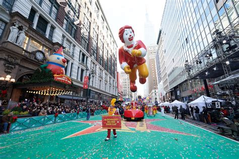 macys thanksgiving day parade info
