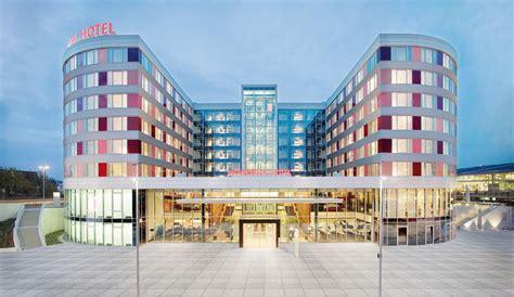 Stuttgart Design Möbel by Hotels At Stuttgart Airport
