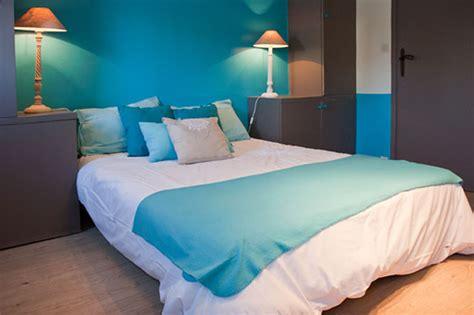 chambre en bleu 4 associations de couleurs pour décorer parfaitement votre