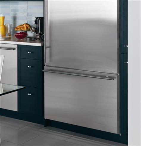 zicsnhrh monogram  built  bottom freezer refrigerator monogram appliances