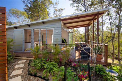 One Bedroom Kit House by One Bedroom Flat By Baahouse Baastudio