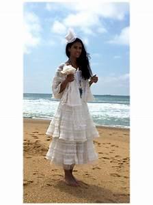 Robes De Mariée Bohème Chic : robe de mari e petite cape collection boh me chic c lamour ~ Nature-et-papiers.com Idées de Décoration