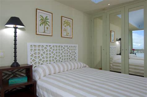 beautiful illumination   bedroom  mirrored