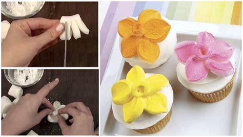 wonderful diy marshmallow flower shaped cupcake topper video