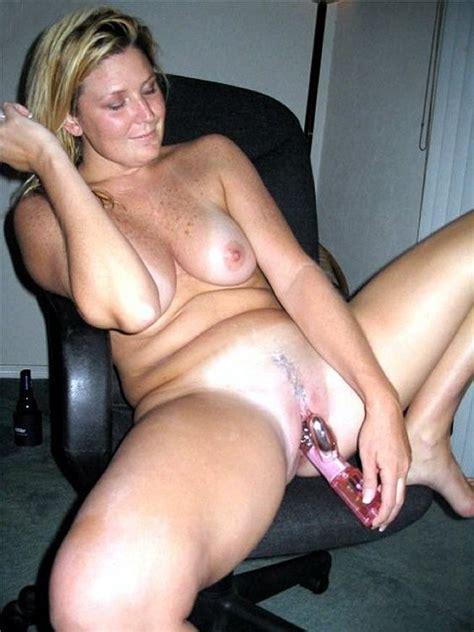 Amateur Porn Mature Lady Enjoying A New Sex Toy