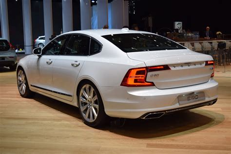 New Volvo S90 Sedan Looking Sharp On Geneva Show Floors ...