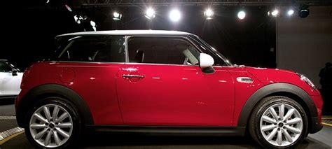 generation mini cooper unveiled  bmw  prices