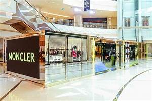 Pop Up Store : why luxury fashion brands are leveraging pop up concept ~ A.2002-acura-tl-radio.info Haus und Dekorationen