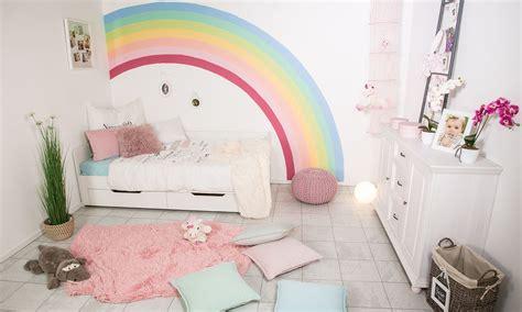 Kinderzimmer Junge Malern by W 228 Nde Streichen Regenbogen W 228 Nde Streichen