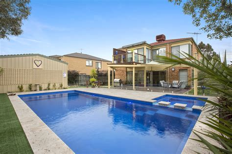 classic grand pool grandeur by narellan pools