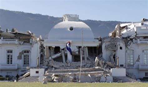 eyewitness the presidential palace in haiti in ruins