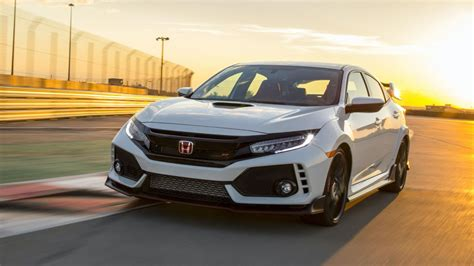 Honda Civic Type R Buyer Says Dealer Will Hold Her Car