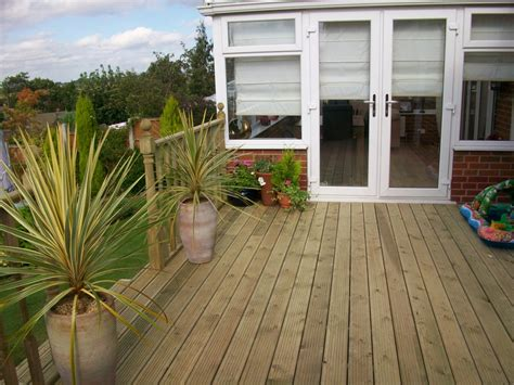 Fitting Decking Boards