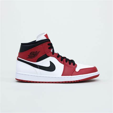 Nike Air Jordan 1 Mid Chicago 2020 Sneaker Crepslocker