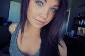 Her name is Taylor Mar...Pretty Girl With Brown Hair And Brown Eyes Tumblr
