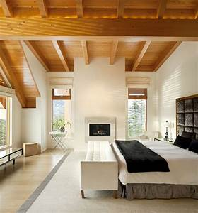 Airy Yet Comfortable Bedroom  Love It