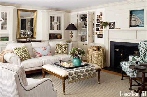 cape cod style house neutral decorating ideas