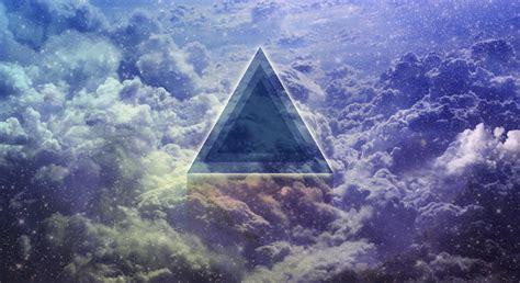 Triangle Wallpaper (WIP) by RenokKrenos on DeviantArt