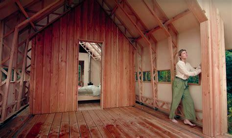 Britu fiziķis rada namu, kas pielāgosies īpašnieka ...