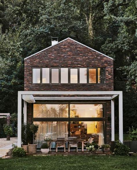 Moderne Schmale Häuser by Die Besten 20 Satteldach Ideen Auf Satteldach