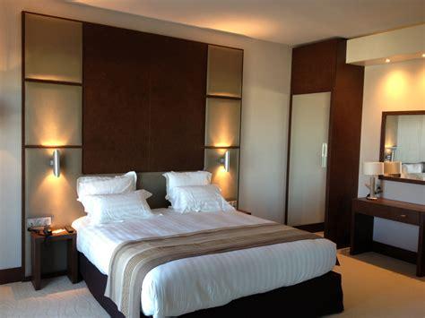 chambre hotel livraison et montage de meuble pose de mobilier blm