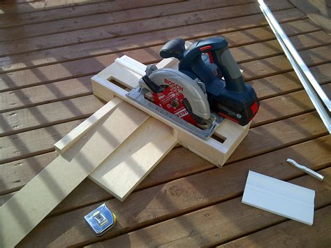 Bosch 18v Circular Saw Crosscut Jig  Pro Construction