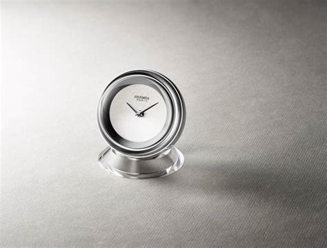 pendule bureau le grand réveil de la pendule de bureau le point montres
