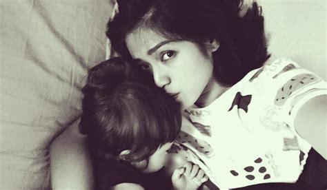 Bh Wanita Menyusui Jessica Iskandar Pamer Foto Menyusui Netizen Pada Ngeres Pojoksatu Id