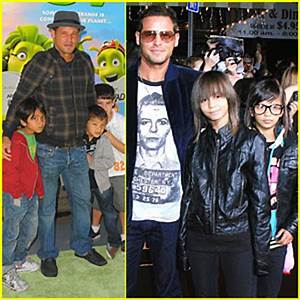 Justin Chambers Brings His Kids to Movie Premieres ...