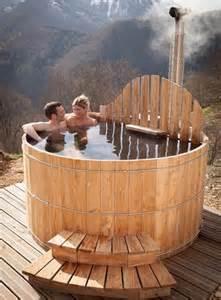 Baignoire Exterieure Chauffante by Les 25 Meilleures Id 233 Es De La Cat 233 Gorie Sauna Exterieur