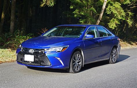 toyota camry xse  road test review carcostcanada