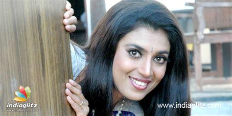 actress kasthuri in aniyan bava chettan bava kasthuri goes nude to highlight motherhood tamil movie news
