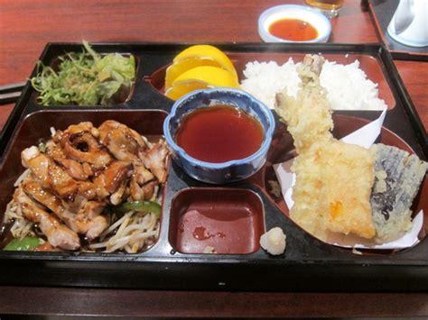 yoshi japanese cuisine yoshi sushi restaurant review 2010 november