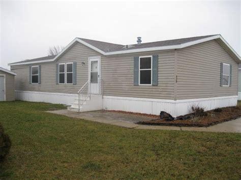 fleetwood double wide mobile home  sale  monroe michigan