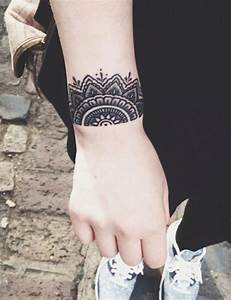 Tattoos Frauen Arm : tatuajes con flores unas ideas muy originales para el verano ~ Frokenaadalensverden.com Haus und Dekorationen