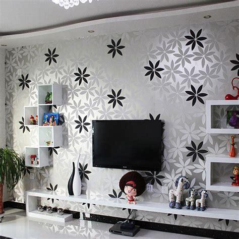 motif wallpaper hitam putih  ruang tamu nirwana