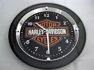 Harley Davidson Wanduhr : harley davidson bar shield wanduhr uhr chrome plated 99208 12v ~ Whattoseeinmadrid.com Haus und Dekorationen